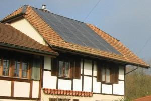Private Solaranlage Heizungsunterstützung und Warmwasserproduktion